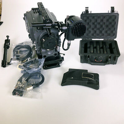 Arri Alexa Plus 4:3 + EVF + Case + Highspeed, Anamorphic and HD-DNX Licences