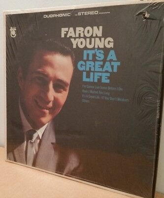 Faron Young . It's a Great Life. I'm Gonna Live Some Before I Die. 1966 Tower LP