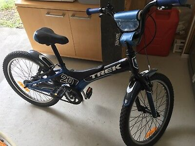 Trek Kids Mountain Bike 20 Inch Wheels Suits 7 10 Year Old