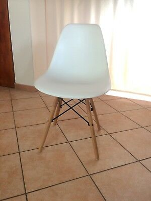 SEDIE CHARLES EAMES BIANCHE (Gambe in LEGNO) - Come NUOVE. - EUR 30 ...