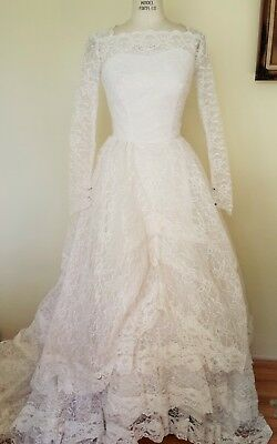 "Vintage 1950s Grace Kelly Style Lace Wedding Gown, 26"" Waist"