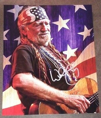 Willie Nelson Hand Signed Autograph 8x10 Photo COA