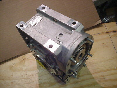 New Bonfiglioli Riduttori worm gear speed reducer W63U100P71B14B7PV 100:1 ratio