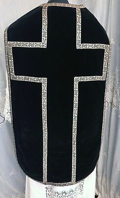 REQUIEM CHASUBLE - black silk velvet with silver galloons - Wonderful condition