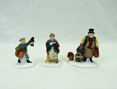 Dept 56 Dicken's Village figures Come Into the Inn 5560-3 set mint in box