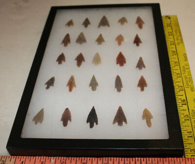 AUTHENTIC SAHARAN NEOLITHIC ARROWHEADS Small  25 pc GROUP #2