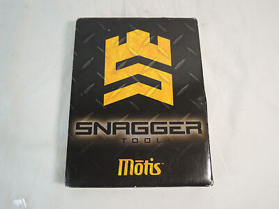 NEW IN BOX Motis Snagger Tool Fire Rescue PN 2021 RED