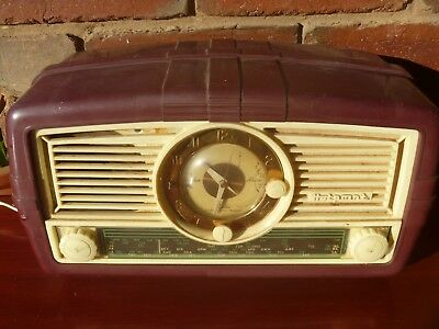 Vintage HOTPOINT RADIO with CLOCK