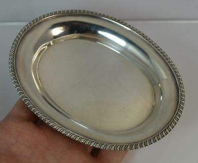 1811 Georgian Plain Solid Silver Oval Shaped Card Tray