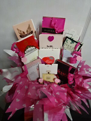 VALENTINES Day Perfume Vials Flower Bouquet Samples Ribbon Hearts Pink Gift Set
