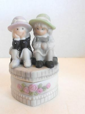Pretty As A Picture 472484 Porcelain Covered Box - WE'RE TWO OF A KIND