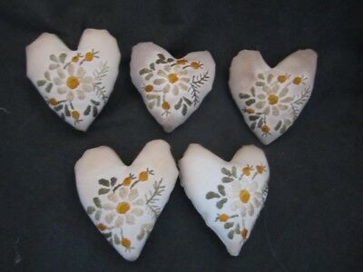 Primitive  Valentine Heart bowl fillers- vintage linen with white flowers