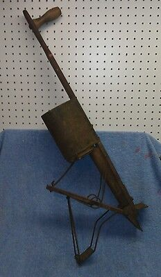 "Antique ""ACME ROUND AUTOMATIC"" Seed Spreader, Original Paint, EXC CONDITION!"