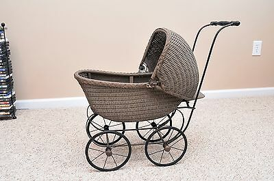 Vintage Antique Wicker Baby or Doll Carriage & Stroller with Adjustable Canopy