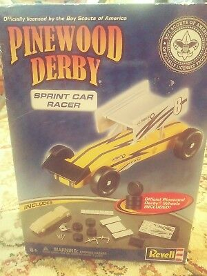Pinewood Derby Sprint Car Racer Series Complete Car Kit From Revell