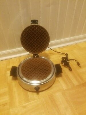 Vintage Dominion Traditional Waffle Maker Model 1316