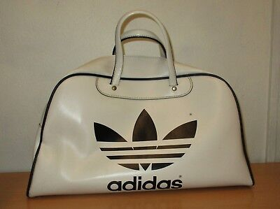 b902ea8f85de Original Retro 1970 s Peter Black Keighley Adidas Holdall Bag White   Black