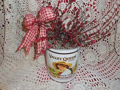 Primitives Vintage-look tin pail /milk can w/ red pip berries Country decor