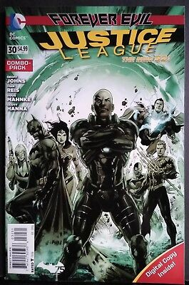 JUSTICE LEAGUE # 30 NM- COMBO PACK VARIANT 1st CAMEO JESSICA CRUZ GREEN LANTERN