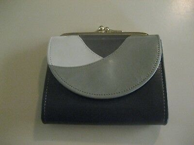 Vintage Princess Gardner Full Grain Cowhide Tri-Partite French Purse