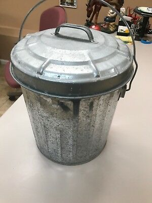 """Vintage Farmhouse Galvanized Metal Trash Can With Lid Handle 14"""" No Rust Rare"""