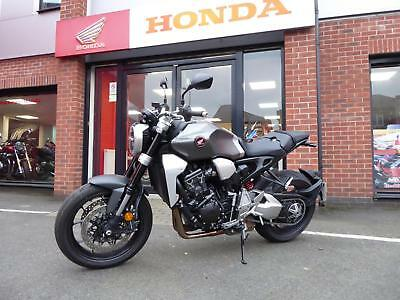 Honda Cb1000r Latest Model With Only 350 Miles Quick Shifter