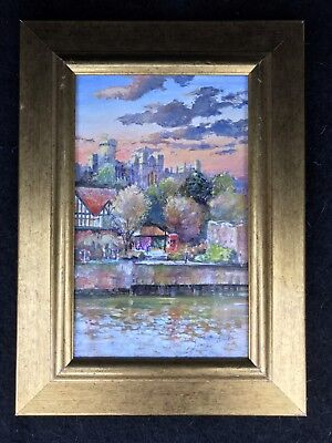 Beautiful oil on board of Arundel by Dennis Lascelles. Just bigger than A4 size