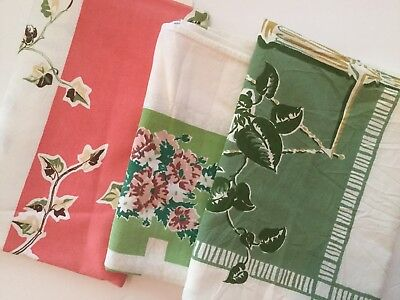 Lot Of 3 Vintage Printed Tablecloths - Floral F13