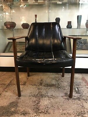 Modern Vintage Finn Juhl Style Rose Wood & Leather Chair