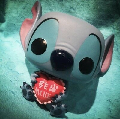 2019 Funko Pop! Disney's Lilo & Stitch Valentine Hot Topic Exclusive Preorder