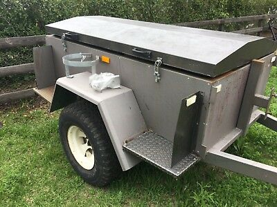 Camping Trailer 6 x 4      4X4 type  10 months rego