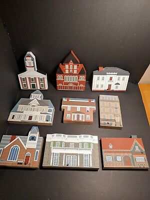 Lot of The Cat's Meow Village Buildings Churches Historical Sites and More Jalin