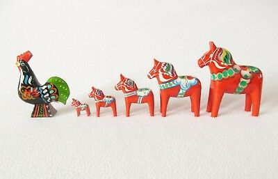 """Lot of 5  Dala Horses and 1 Rooster ~ 5"""" Tall to 1 1/4"""" Tall"""