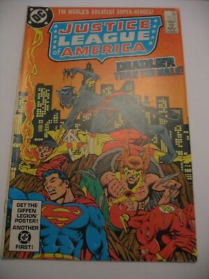 Justice League of America #221 Conway DC 1983 VG P&P Discounts