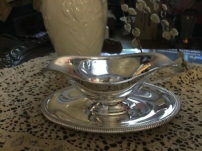 Vintage Wm Rogers Silverplate Dbl Lip Sauce Gravy Boat Attached UnderPlate