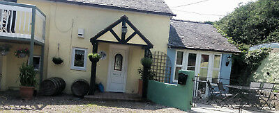 Holiday Cottage CEMAES BAY ANGLESEY Dog friendly 5 persons £100 for 2 nights
