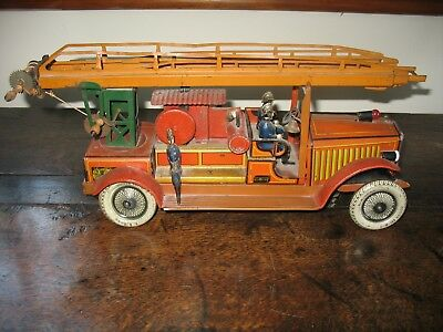 GUNTHERMANN FIRE ENGINE LADDER TRUCK VINTAGE tinplate Germany CLOCKWORK TIN TOY