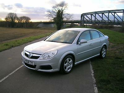 Vauxhall Vectra 1.8i VVT ( 140ps ) 2008MY Exclusiv SPARES OR REPAIRS