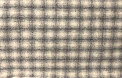 """HAND DYED RUG HOOKING WOOL Mill-Dyed APPLIQUE """"GRAY PLAID"""""""