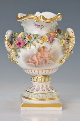 Amazing Meissen Porcelain Vase around 1870, two-sided fine painting