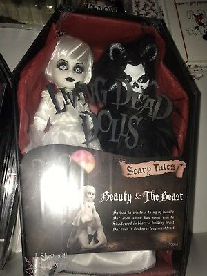 Beautiful Living Dead Dolls Agatha New Series 23 Unopened Original