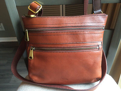 799018cf9c FOSSIL VOYAGER MEDIUM Crossbody Brown Soft Pebbled Leather Nwt $198 ...