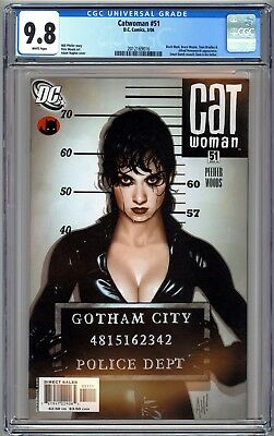 Catwoman #51 Cgc 9.8 Nm/mt Adam Hughes Cover