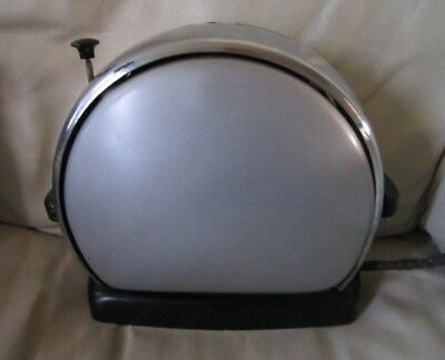 Vintage Merit Made Inc. Model Z Non-Automatic Toaster