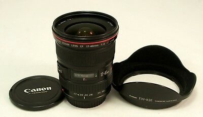 Canon EF 17-40mm F/4.0 L USM Lens - Near MINT condition c/w Canon Caps & Hood