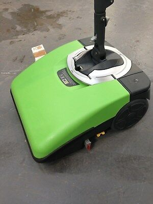 Scrubber Dryer FIMOP compact battery operated floor cleaner