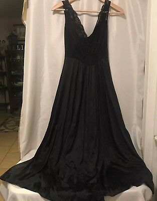 Vanity Fair Nightgown Black Lace Nylon Long Style 80-111 Small Full Sweep Sheer