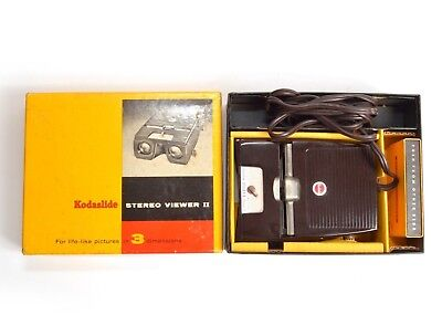 Vintage Kodak Kodaslide Stereo Viewer II 3D Slide Machine Tested Working W/ Box