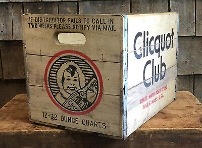 Vintage Clicquot Club Soda Wooden Box Crate Country Store Beverage Advertising