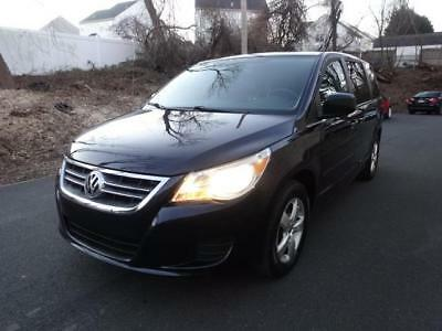2010 Volkswagen Routan SE w/RES Routan SE w/RSE 106K Miles DUAL TV/ DVD BACKUP CAMERA HEATED SEATS LEATHER